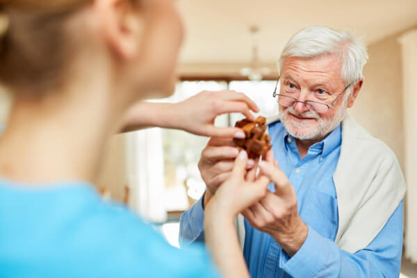 Why Memory Games Are Important for Seniors with Dementia
